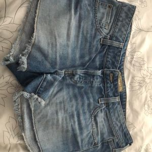 Guess Jean shorts Size 29